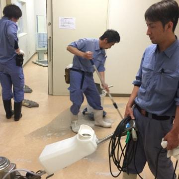 病院内清掃の様子